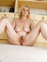 older women wants huge cock